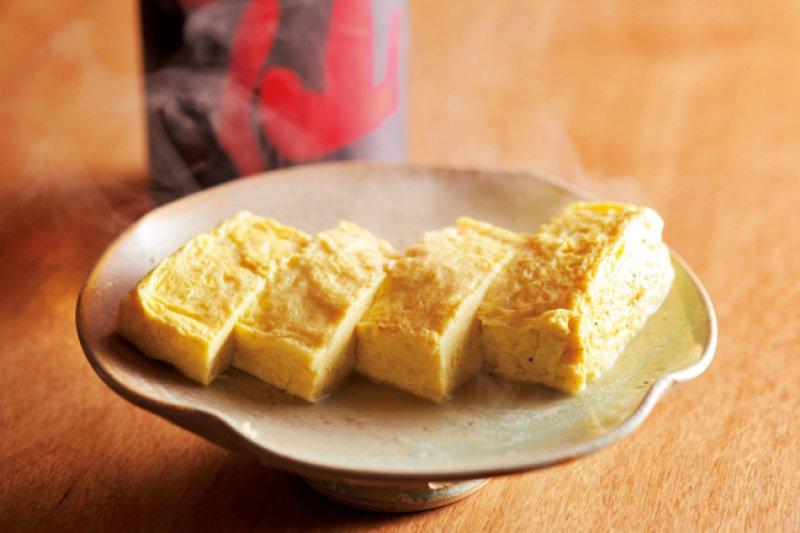 香嫩多汁的蛤蜊汁玉子燒,搭配道地日本酒最對味!(圖/山岳文化提供)