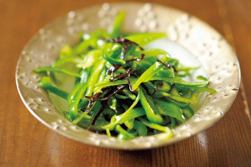 昆布、青椒不僅是很好的瘦身料理,也是很棒的下酒菜!(圖/山岳文化提供)