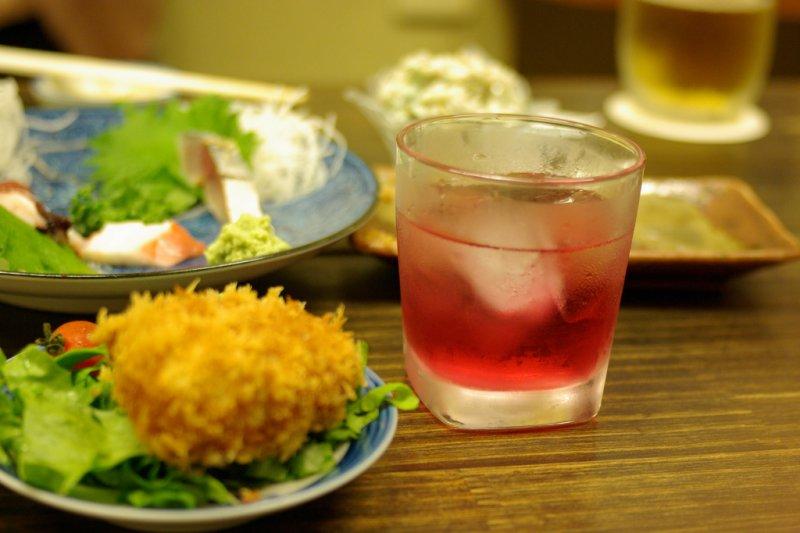 在日本可以輕鬆找到適合女性的輕甜果酒!(圖/取自JunOHWADA@Flickr)
