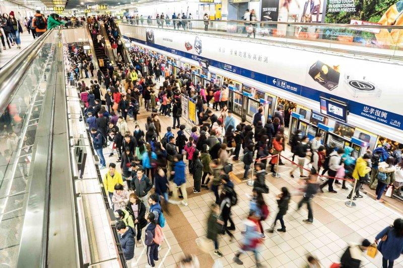 明年元月起,大台北地區交通電子票證4卡鼎立,便利民眾生活需求。(資料照,台北市政府觀傳局)