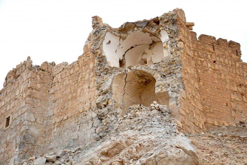 帕米拉古城被炸毀的城牆一角。(美聯社)