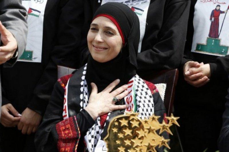 「全球教師獎」得主、巴勒斯坦的小學女老師赫魯卜(Hanan Al Hroub)(Global Teacher Prize)