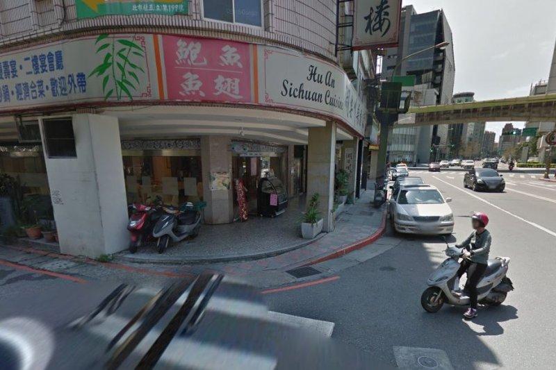 小女童於路口騎乘滑步車,卻遭男子以菜刀攻擊,頭身分離陳屍路口。(圖為街景照)