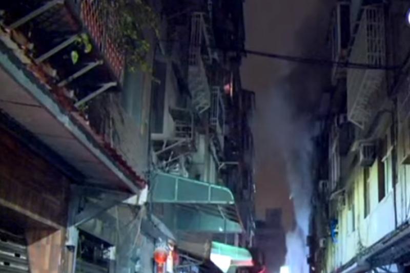 三重火警釀成6人喪命,昨日縱火嫌犯湯景華已遭逮捕落網。(擷取自民視新聞)