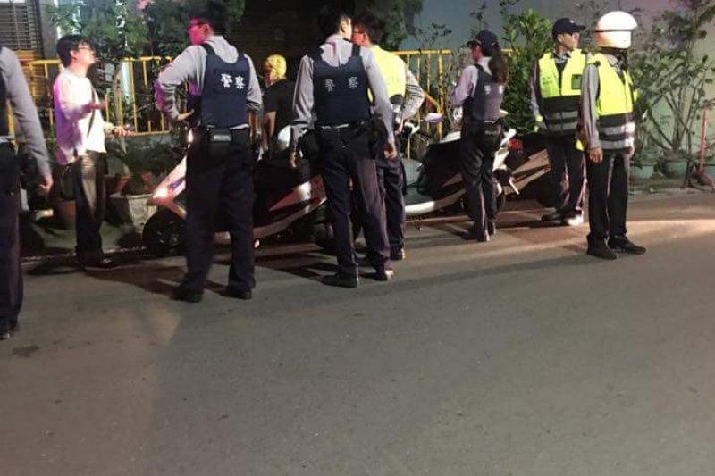台南市永康區中華路578巷內一棟大樓,一位約12歲左右的小女孩,遭母親前男友劃傷左脖頸。(取自爆料公社)