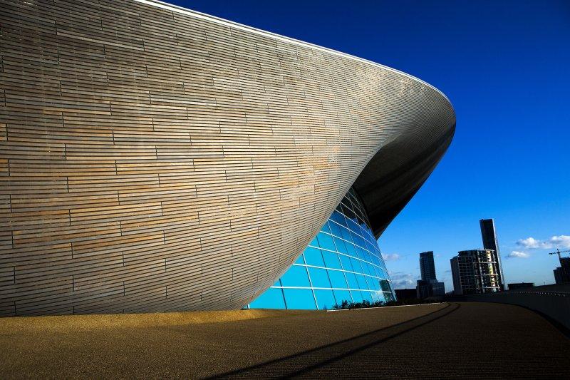 英國建築大師哈蒂(Zaha Hadid)的作品,倫敦水上運動中心( London Aquatics Centre)(美聯社)