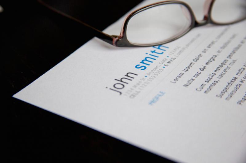 改用破題法寫履歷,讓重點特色一目了然。(圖/Flazingo@Flickr)