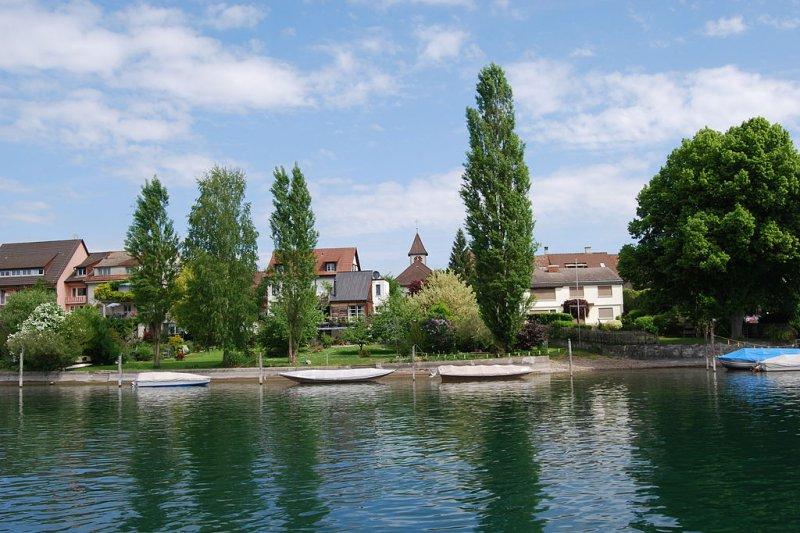 這城鎮的居民可以同時享有德國公民權利和一定程度的瑞士公民權利!(圖/wikipedia)