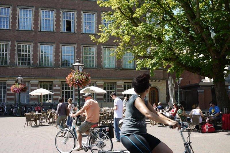 荷蘭是著名腳踏車王國,全民擁有腳踏車比例是103%,他們如何利用公共空間收內出亮眼的城市景觀呢?(圖/作者提供)