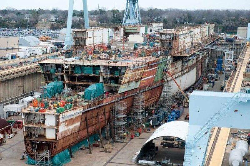 從2009年打造至今,福特號已經完成九成五的進度,今年九月將正式移交海軍服役。