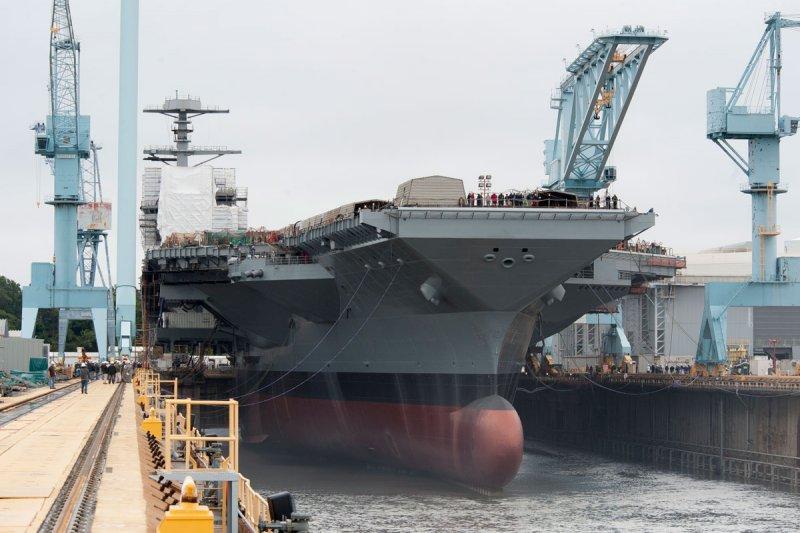 福特號以美國第38位總統為命名的軍艦,也是「福特級」核動力航母艦的首艦,號稱史上綜合戰力最強的航母。(取自網路)