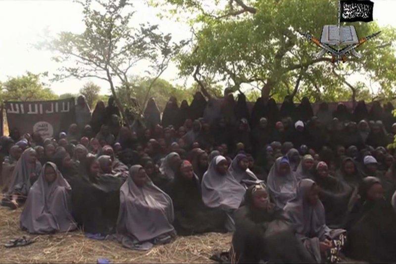 恐怖組織「博科哈蘭」(Boko Haram)2014年4月時從奈及利亞的奇波克(Chibok)擄走200多名少女。(美聯社)