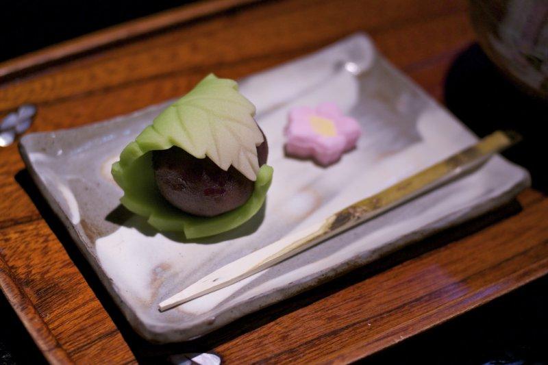 古代日本尚未發展出製作糕點的技術,「菓子」僅指自然的水果,到後世才轉為甜點代名詞。(圖/akira yamada@Flickr)