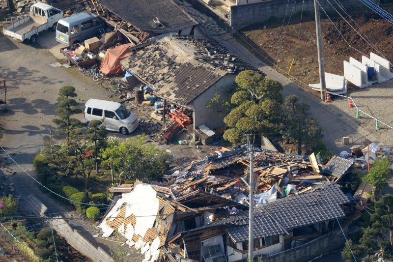 日本九州熊本縣14日晚間發生芮氏規模6.5地震。(美聯社)