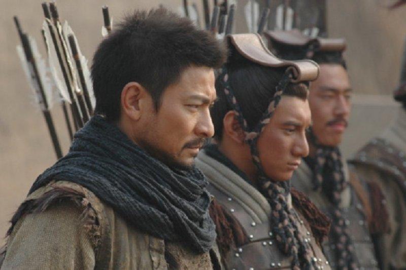 港星劉德華主演的電影《墨攻》劇照。