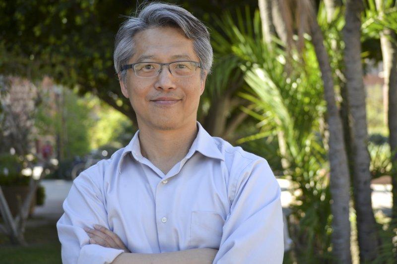 中研院評議票選院長候選人,美國加州大學洛杉磯分校化學暨生物分子工程系主任廖俊智得到最高票。(取自康乃爾大學網站)
