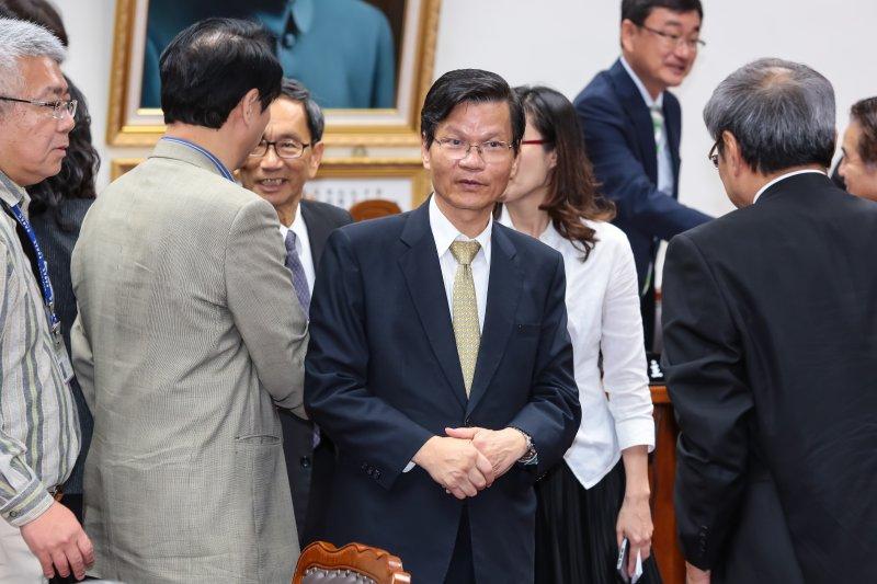 中央研究院長翁啟惠18日於立院教育委員會備詢。(顏麟宇攝)