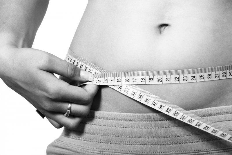 厲行節食運動,腰圍始終瘦不下來?你可能不是胖,而是水腫在作祟。(圖/Pixabay)
