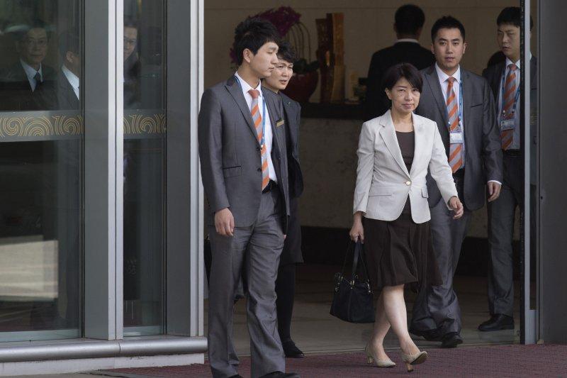 針對肯亞案,法務部國際及兩岸司長陳文琪陳文琪22日下午自北京返台時表示,已與陸方在「共同偵查」上有基礎共識,目前案情仍在蒐證階段。圖為陳文琪飛抵北京。(資料照,美聯社)