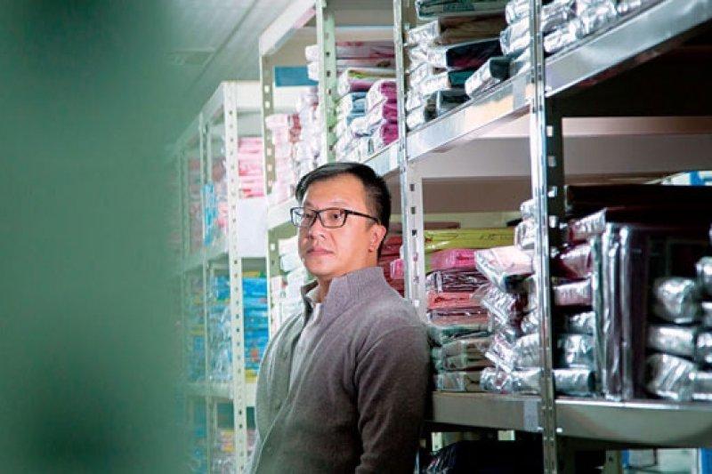 電商圈打滾11 年,戀家小舖董事長李忠儒說,他已脫離需要育成階段,但若台灣政府不重視電商產業,後進創業家將更艱辛。(攝影者.曾千倚)
