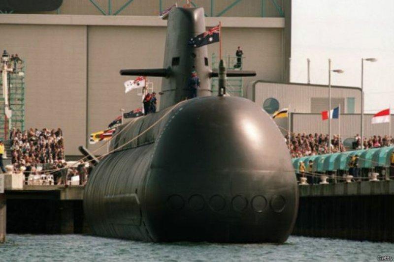澳洲將耗資500億澳元建造12艘新型潛艇,以取代皇家澳洲海軍老舊的科林斯級潛艇。(BBC中文網)
