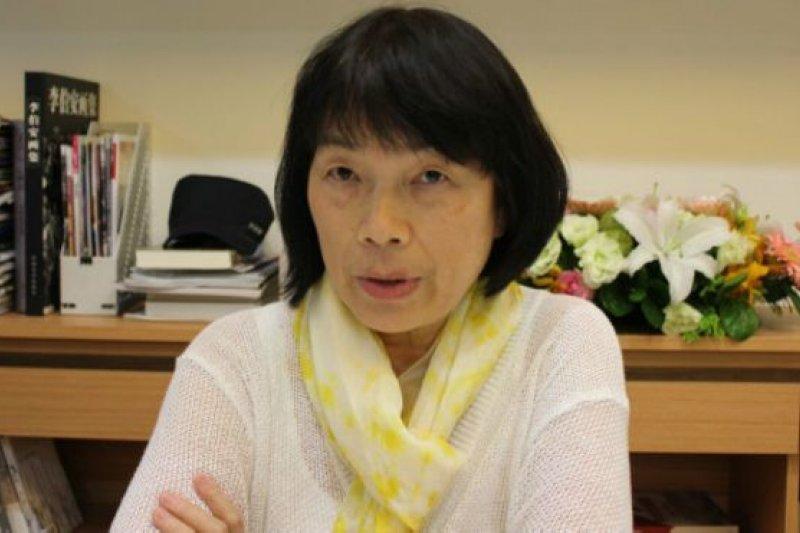 台灣作家龍應台在接受BBC專訪時表示,兩岸過去都被既有成見所蒙蔽,因此對對方的了解都極為片面,不能互相傾聽彼此心聲。(BBC中文網)