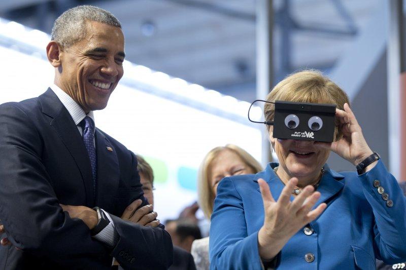 歐巴馬與梅克爾在漢諾威工業展。(美聯社)