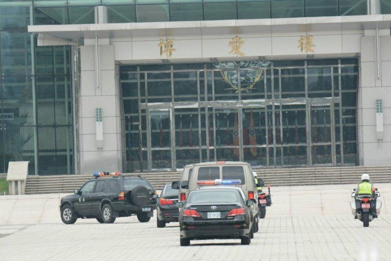 20160426-SMG0045-002-馬英九前往國防部參加漢光32號演習電腦兵推-陳明仁攝.jpg