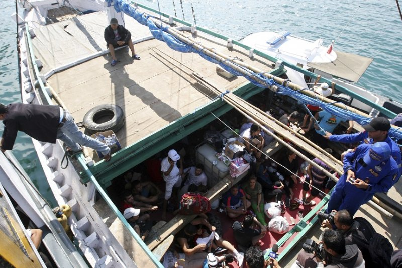 尋求庇護的伊朗人民於海上受到澳洲攔截(美聯社)