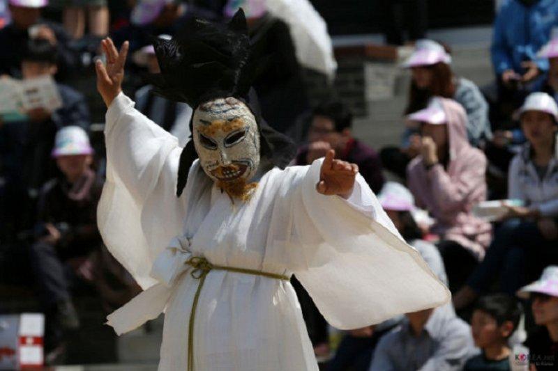 韓國在2013年通過《文化基本法》,明定「文化權」為國民應享有的基本權利。(來源:chinese.korea.net)