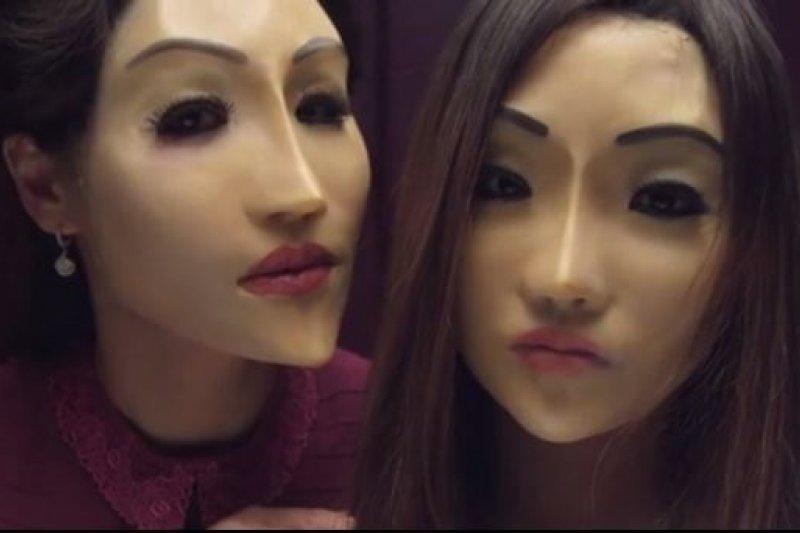 韓國短片《人形》劇情發人深思。(圖/截圖自viddsee)