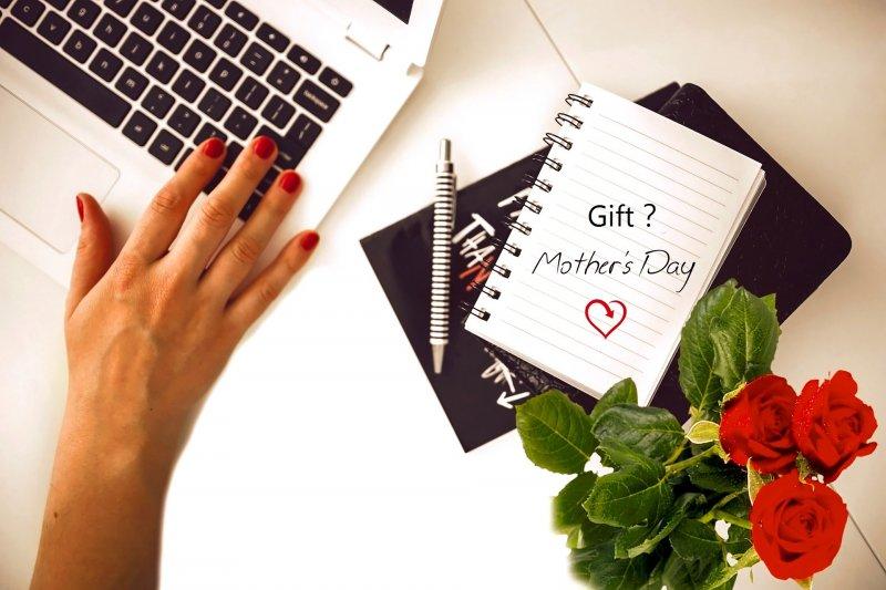 正在為母親節禮物懊惱的你,絕對不能錯過今年最特別的母親節禮物首選!(圖/byskt@pixabay)