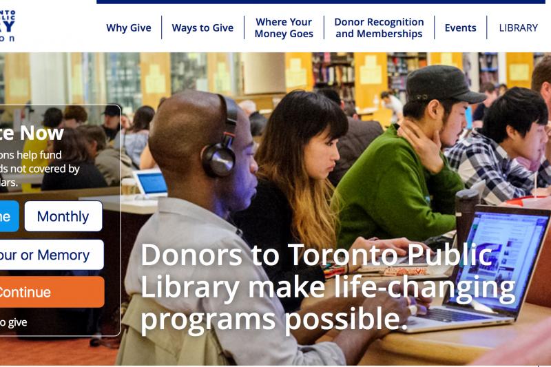 多倫多公共圖書館。