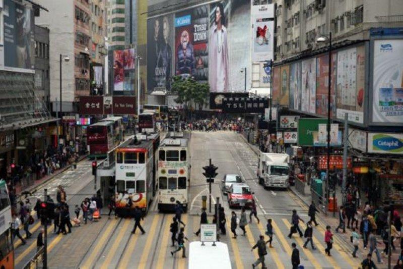 前幾年,香港本土主義、甚至港獨,被認為是社會的邊緣聲音。不過2014年「雨傘運動」完結後,本土思潮卻更加高唱入雲。(BBC中文網)