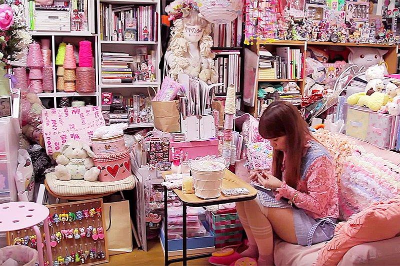 房間比這還亂?別傷心,搞不好你的創造力跟同情心比常人還豐富⋯⋯(圖/VICE Japan@Youtube)