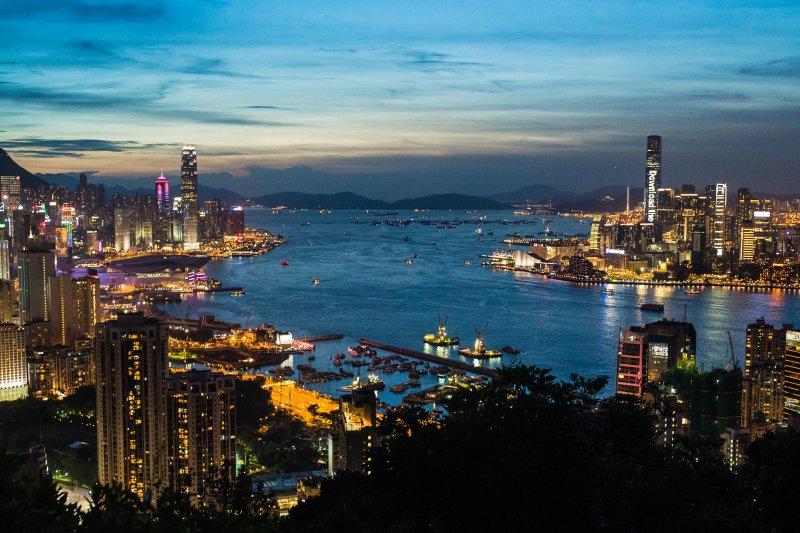 Image result for 香港人都不想這樣離開