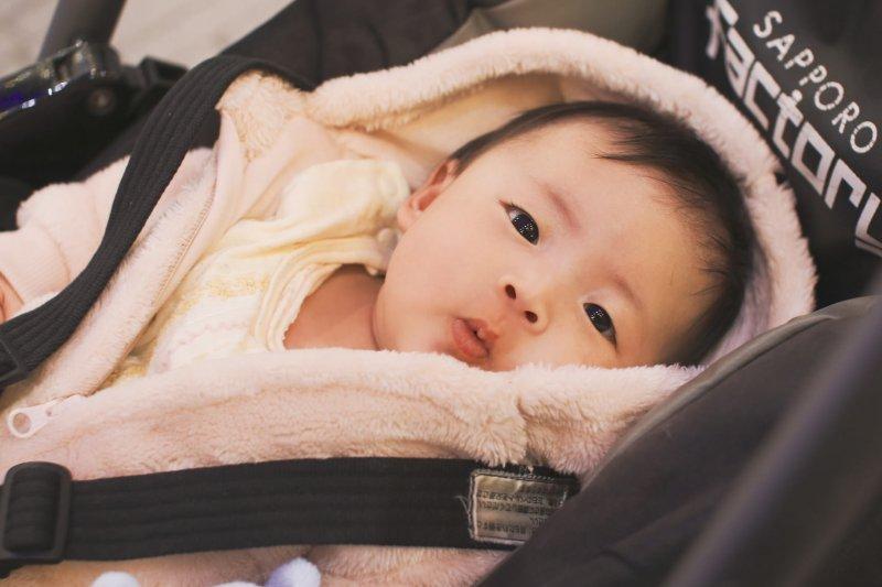 媽媽生你到底有多辛苦?她不打止痛藥生產36小時的心得是...(圖非當事寶寶/取自MIKI Yoshihito@Flickr)