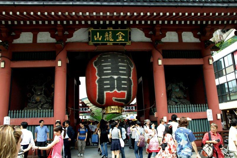 淺草寺是日本非常著名的旅遊景點之一(圖/K.K.Chu@flickr)