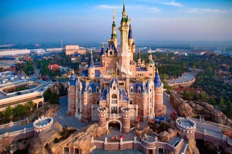 中國上海迪士尼樂園。(取自推特)