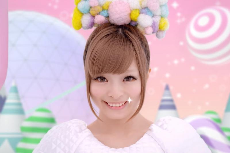 一口好牙是相當重要的門面,但台灣人卻經常忽略牙齒保健!(取自youtube)