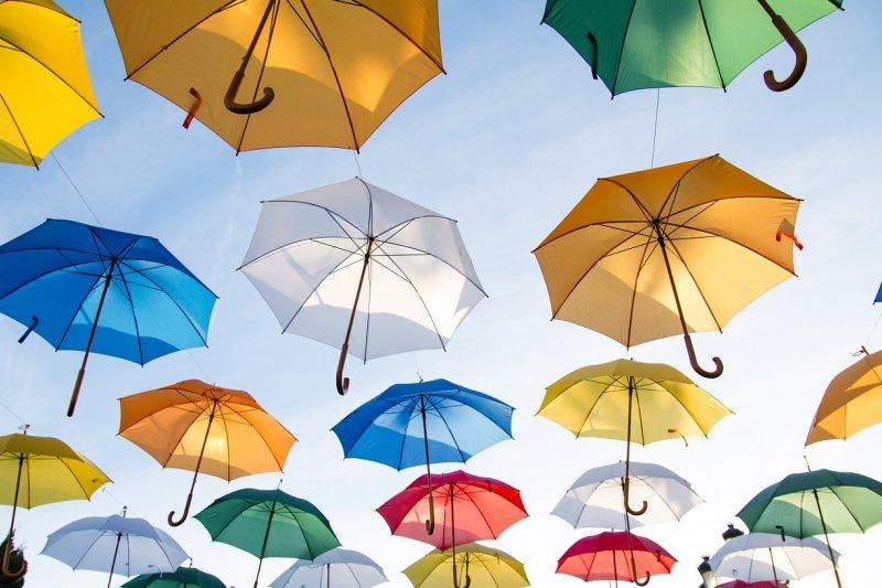 為什麼台灣人要叫大傘「五百萬」呢?(圖/Pexels@pixabay)