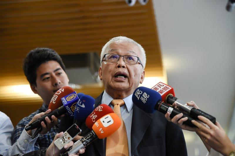 前開發金董事長、前國民黨大掌櫃劉泰英,16日出席「第二屆全國經營者大會」時,表示台灣不能太依賴大陸,以「政治變局中的期許與展望」為題發表演說。(林惟崧攝)