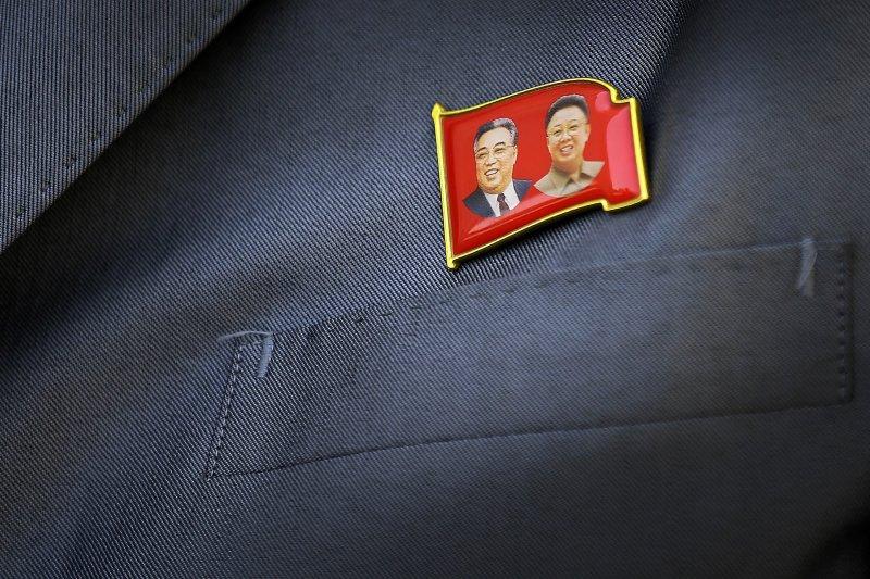 北韓兩任領導人金日成(左)、金正日(右)。(美聯社)