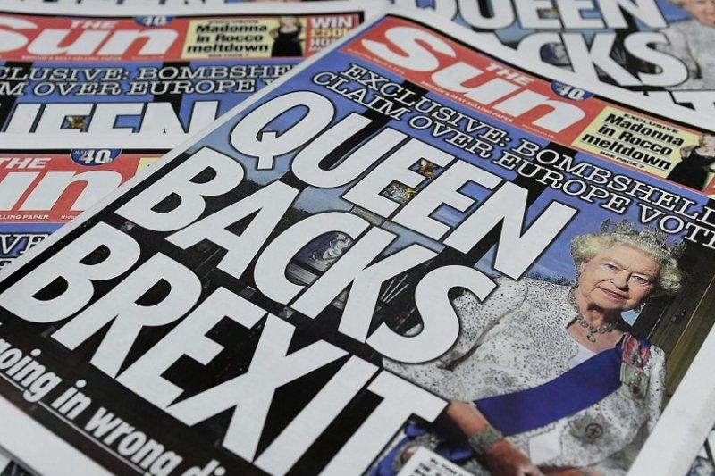 英國《太陽報》3月封面報導女王支持英國脫離歐盟(取自推特)
