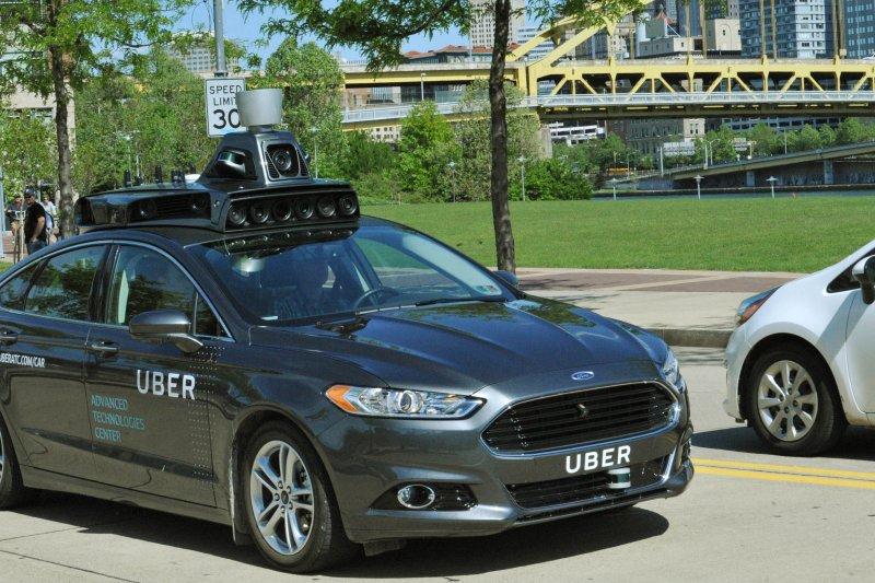 美國線上叫車服務龍頭業者優步(Uber)公司19日宣布,將在匹茲堡的街頭測試無人駕駛車。(美聯社)