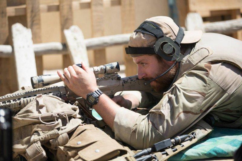士兵用狙擊槍殺人,跟近距離攻擊有什麼不一樣?(圖/American Sniper@facebook)
