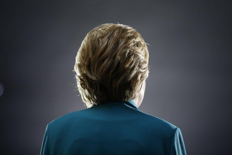 美國2016年總統大選中,民主黨總統參選人希拉蕊.柯林頓深陷「電郵門」風暴。(美聯社)