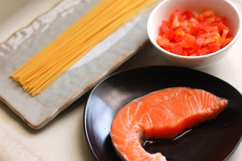 若不慎吃到含有毒素的魚種,會出現哪些中毒症狀?(圖/Ray Wang@flickr)