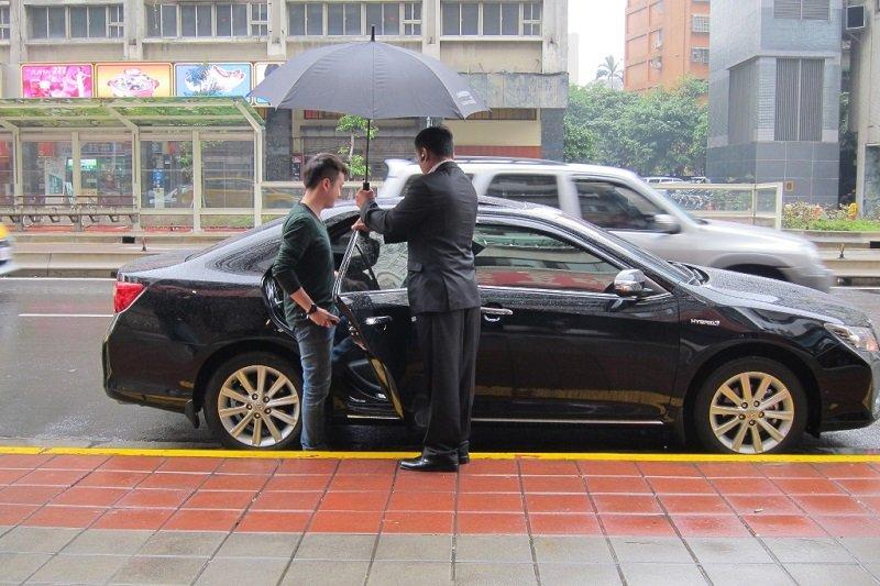 公路總局六月起要強力取締重罰Uber。(圖片來源:Uber)