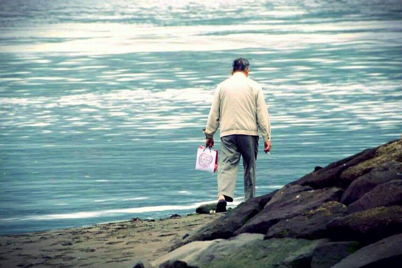 受到近年退休人口遽增、國人生命餘年增加及人口結構改變等因素影響,退撫制度面臨急迫性財務危機,銓敘部直指年金改革刻不容緩。(資料照,林彥呈攝)